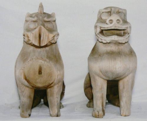 43額田神社木製狛犬2