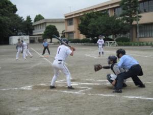 ソフトボール試合風景