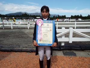 成年女子馬場馬術競技5位高山佐保さん