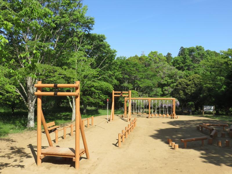 県民の森遊具