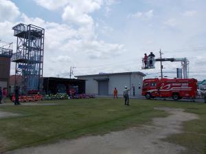 ひまわりR1消防署見学