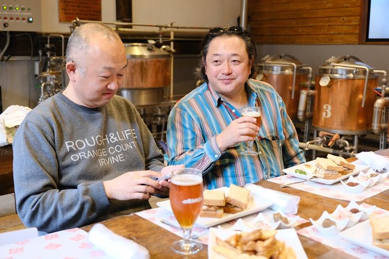 サバサンドとビールで至福の時間