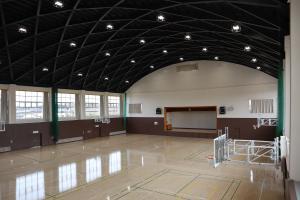 瓜連体育館(2)