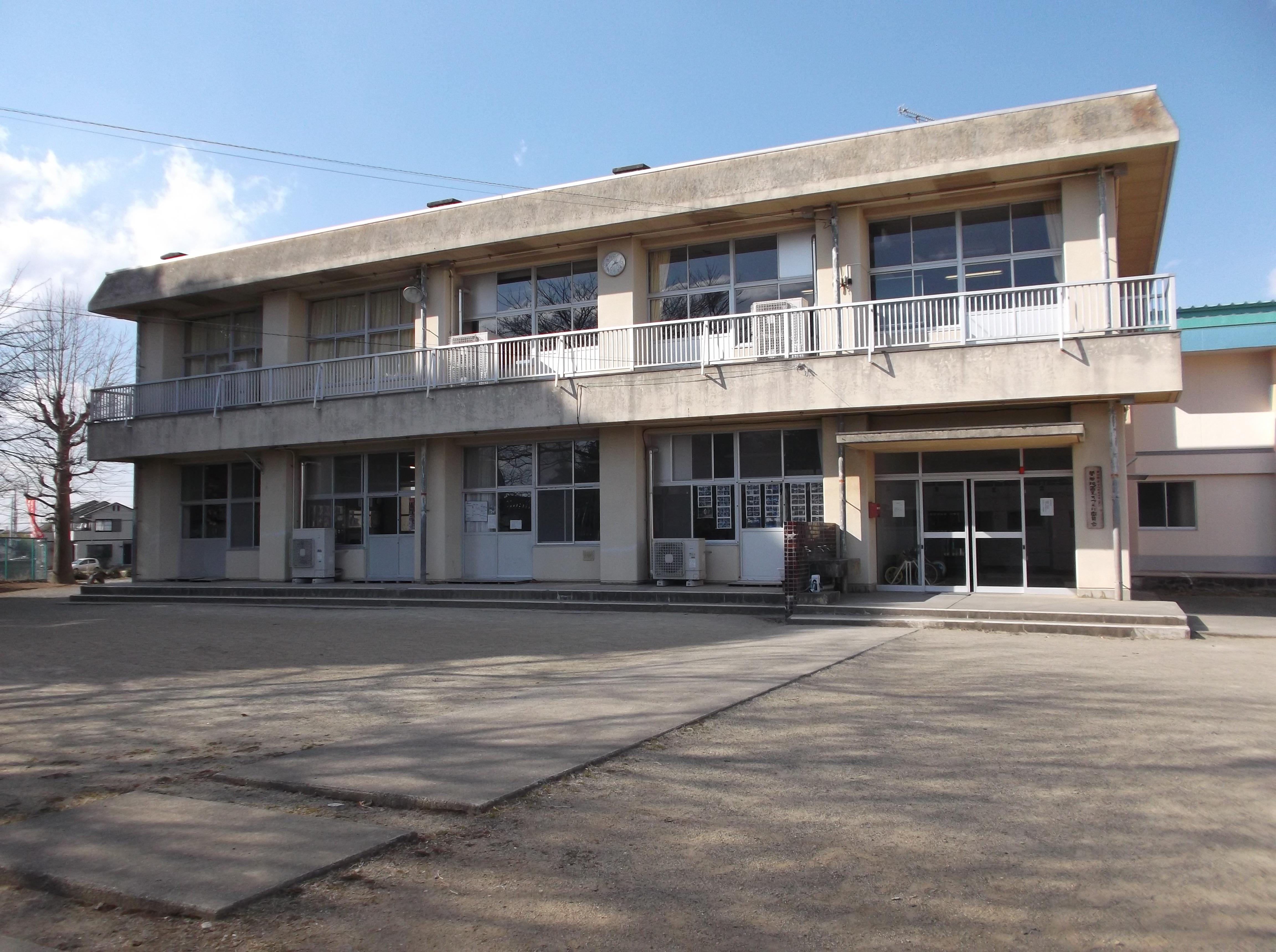施設:⑤菅谷第1投票区 菅谷学童保育所(菅谷小体育館前)