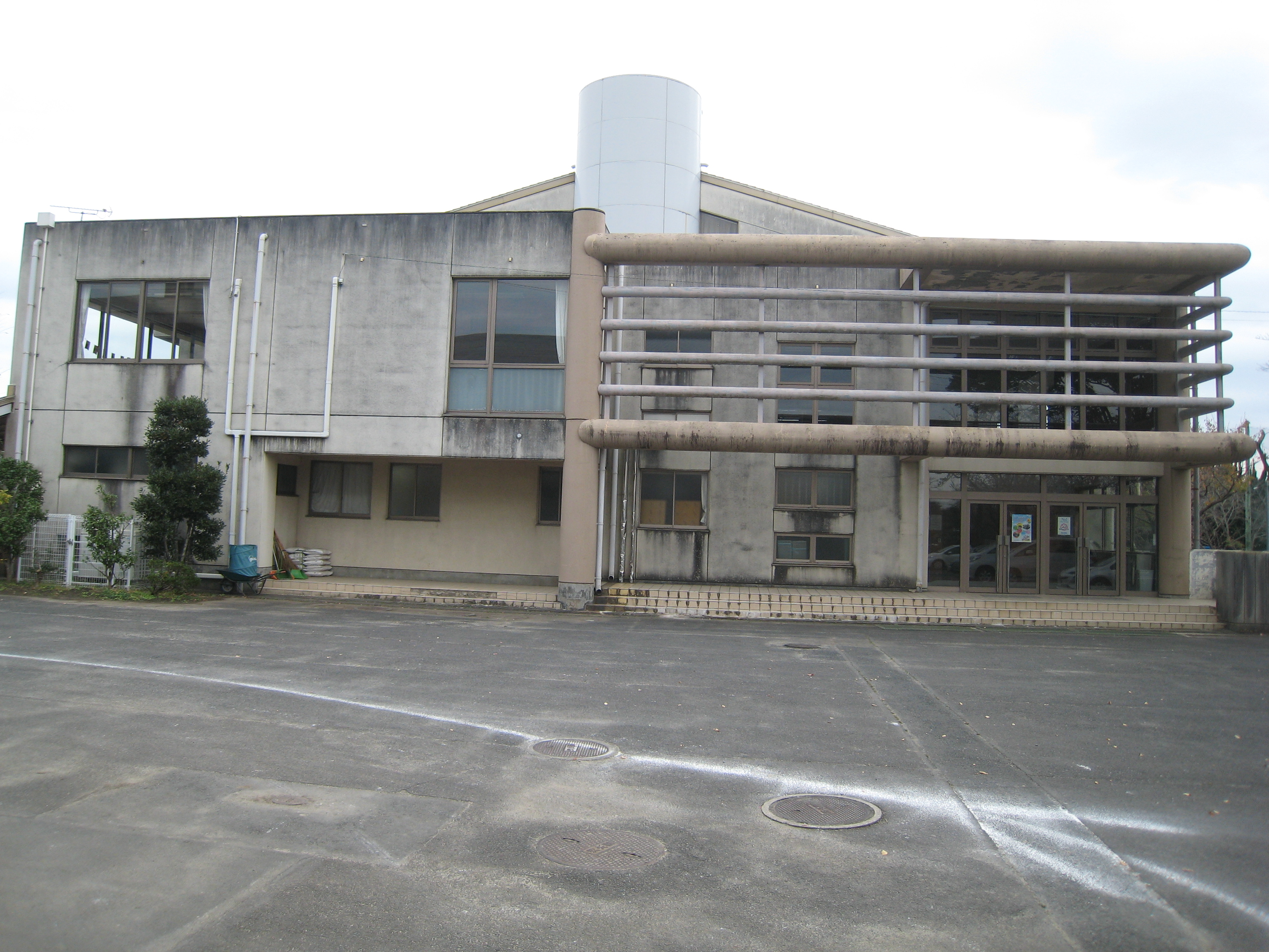 施設:⑩菅谷第6投票区 菅谷東小学校体育館